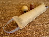 Dog bite tag ( dog bite tug ) made of jute with two handles