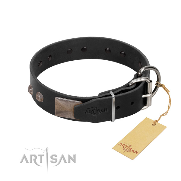 Comfortable leather dog collar won't cut into skin