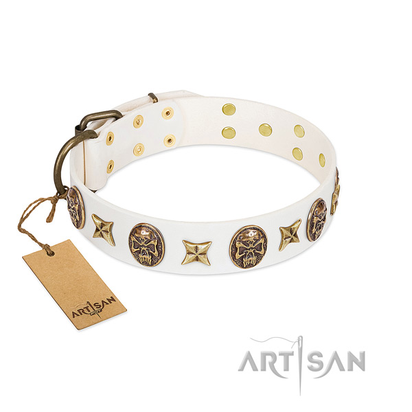 Stylish Walking White Leather Dog Collar with Luxurious Decorations