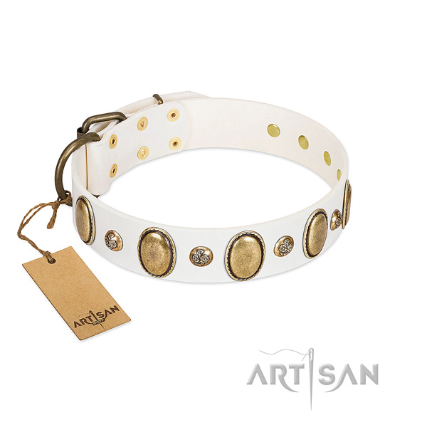 White Artisan leather dog collar for vintage style fans