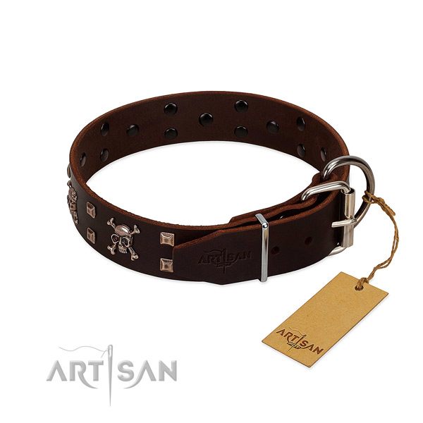 Easy adjustable leather dog collar for comfortable wear