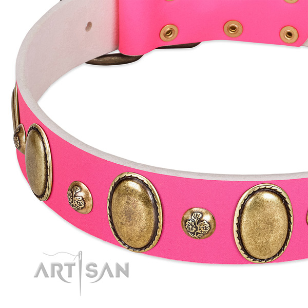 Pink leather FDT Artisan collar with oval and round decorations