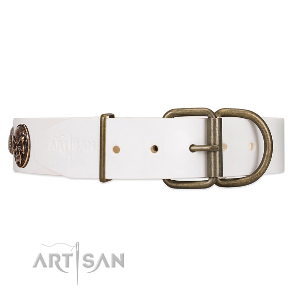 Easy to Adjust White Leather Dog Collar with Classical Buckle