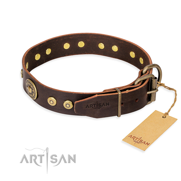 Leather dog collar of increased tensile strength