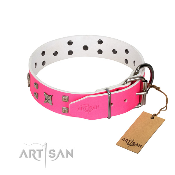 Pleasant to wear leather dog collar with with polished edges