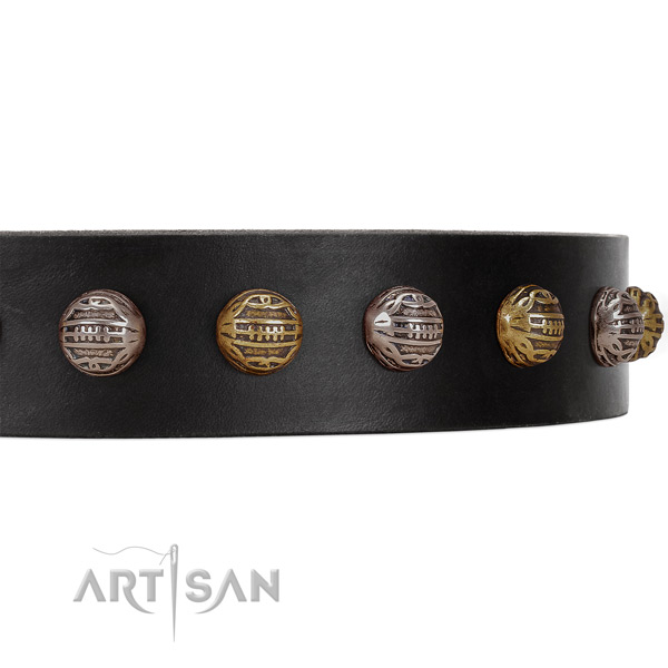 Black leather FDT Artisan collar with small studs
