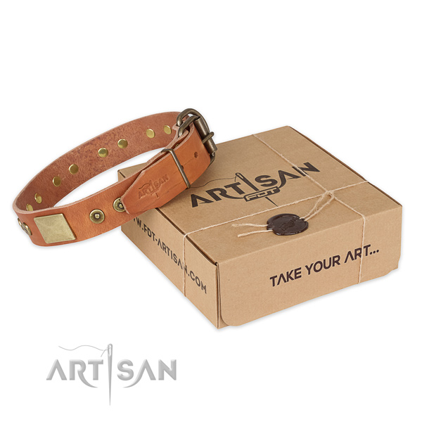 Non-rubbing tan leather dog collar