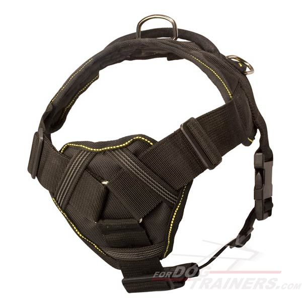 Dog harness with comfortable chest plate