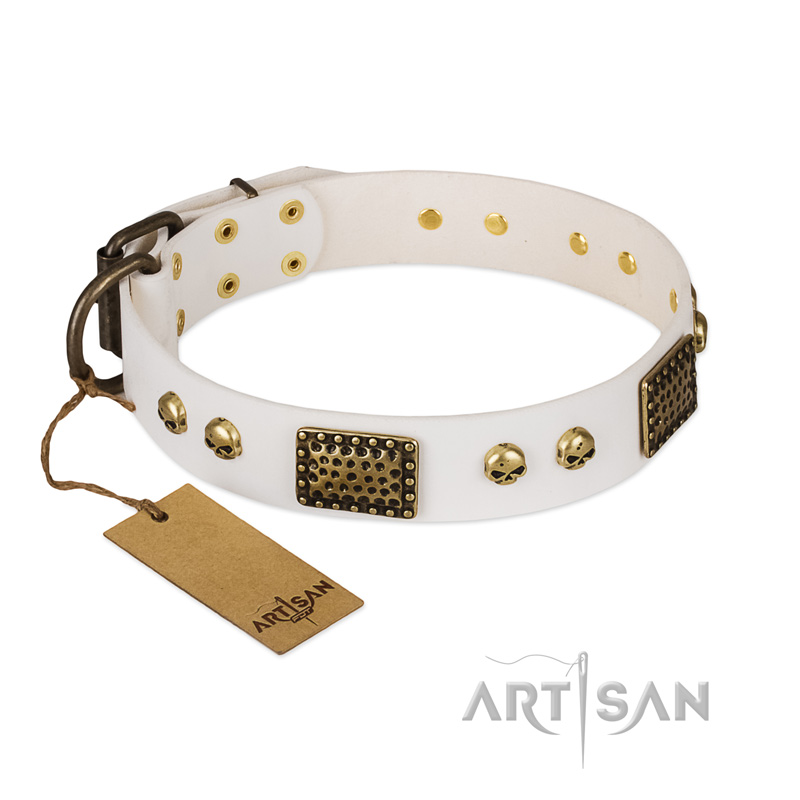 'Lost Treasures' FDT Artisan White Leather Dog Collar with Old Silver Look Plates and Skulls - 1 1/2 inch (40 mm) wide - Click Image to Close